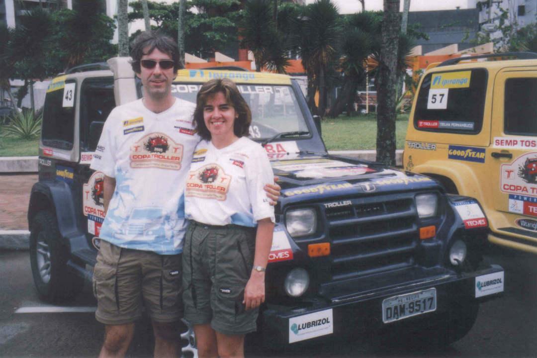 Alberto e Ana nos anos 2000. Arquivo Pessoal/Reprodução.