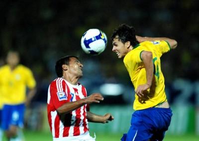 Brasil e Paraguai, em junho de 2009, primeiro jogo da Seleção que Ricardo cobriu, no Arruda