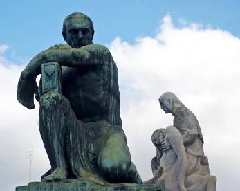 Conheça a Recoleta (ARG) e Santo Amaro (Recife), cemitérios que são museus de arte ao ar livre