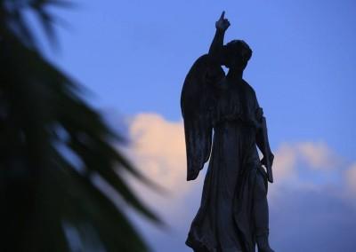 O cemitério foi concebido, na verdade, para receber corpos de pessoas que padeciam de febre amarela...