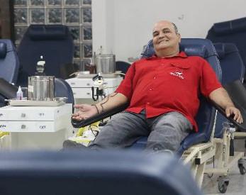 No Dia Nacional do Doador de Sangue, conheça o homenageado 2015 do Recife com mais de 100 doações