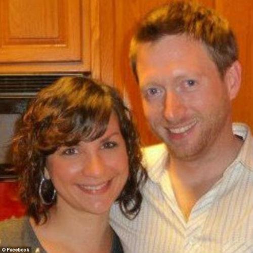 Chris McKinley e a esposa. créditos: facebook.
