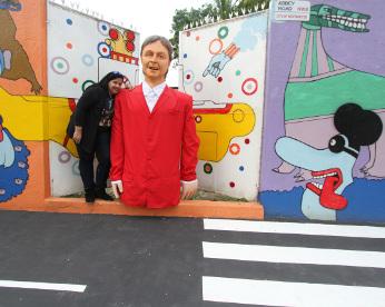 A Abbey Road do Poço da Panela: um muro vestido de Beatles