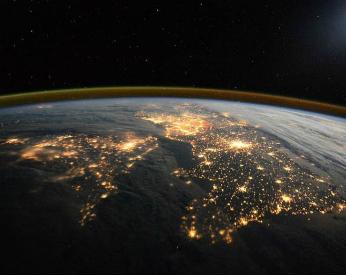 Astronauta faz registro impressionante da noite em Londres