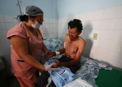Idosos fazem parte do grupo dos mais afetados por tríplice epidemia do Brasil