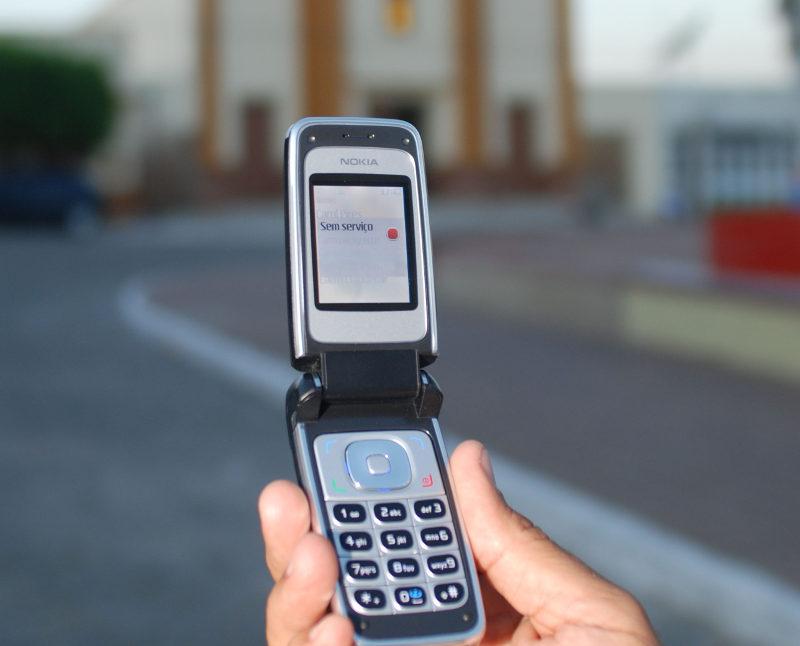 Escrever no celular e caminhar ao mesmo tempo pode ser proibido em estado dos EUA