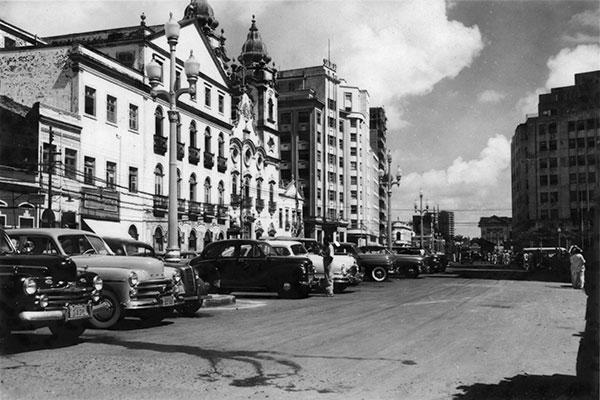Exposição virtual mostra reproduções de fotografias do Recife do século passado