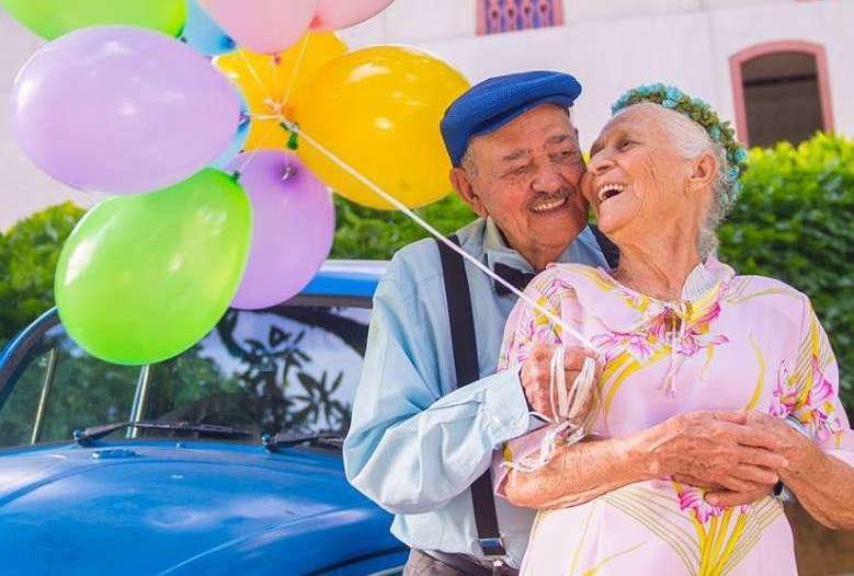 Ensaio de idosos casados há 69 anos emociona a web