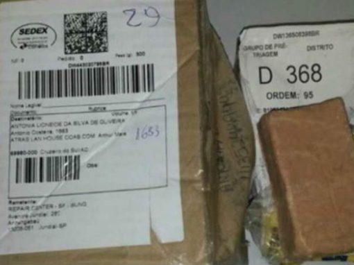 Mulher envia celular para assistência por correio e recebe de volta sabão em barra