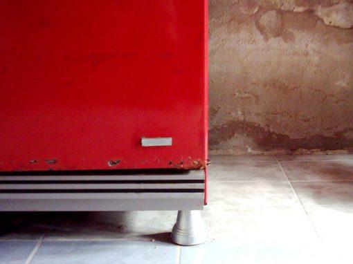 Mulher vende freezer para vizinha contendo cadáver da mãe