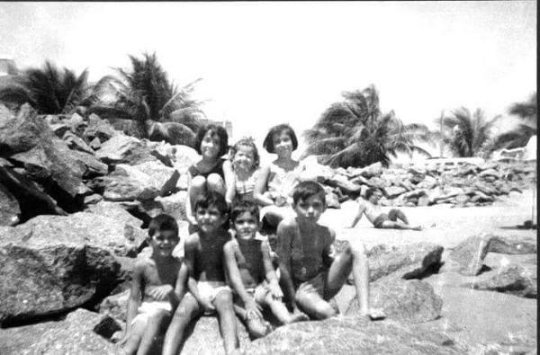 Praia de Bairro Novo, Olinda, década de 60 / Lúcia do Rego Barros