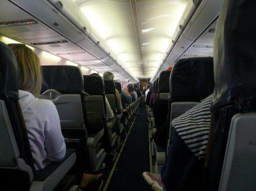 Companhia aérea ganha direito de pesar passageiros