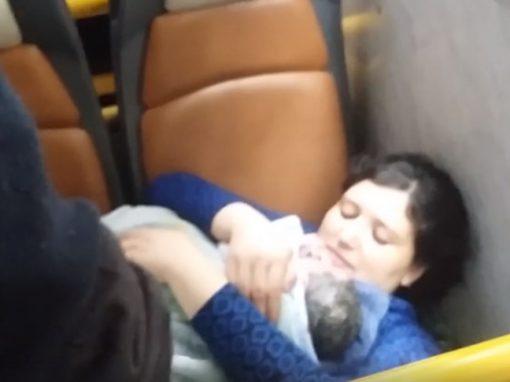 Motorista filma nascimento de bebê dentro de ônibus