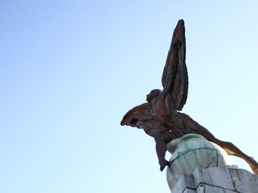 Pontos e monumentos do Recife escondem 400 anos de história desconhecida pela população