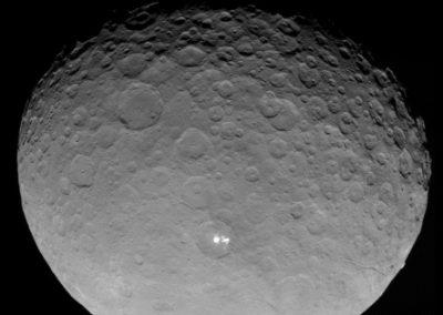 Estudo descobre vulcões de água no planeta-anão Ceres