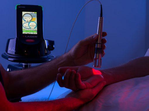 """Físico nordestino em Harvard trata dores usando """"luz"""""""