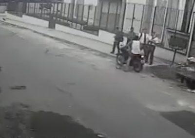 """Ladrões tentam assaltar o mórmon """"errado"""" e se dão mal"""