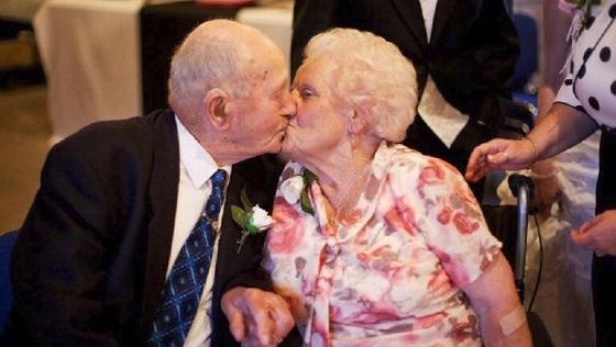Casal morre no mesmo dia e no mesmo quarto de hospital, após 77 anos juntos