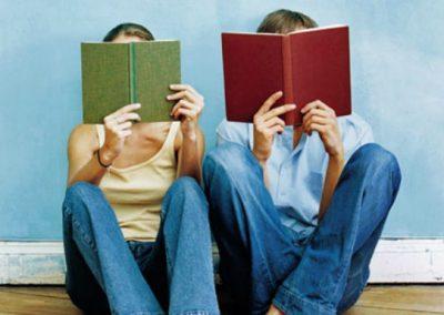 Quem lê livros é mais popular em aplicativos de namoro