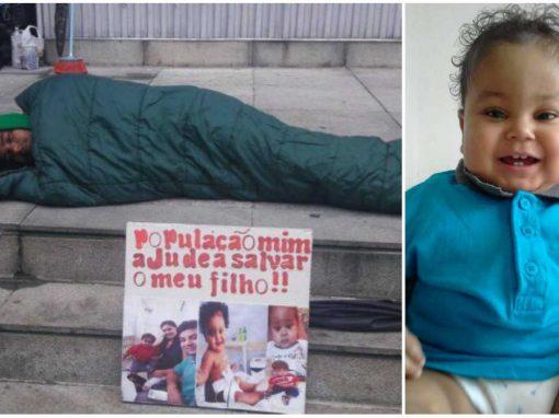 Por transplante para salvar vida do filho, homem se acorrenta a prédio da Justiça Federal
