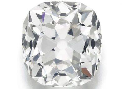 Comprado em feira por R$42, diamante é avaliado em R$1,4 milhão