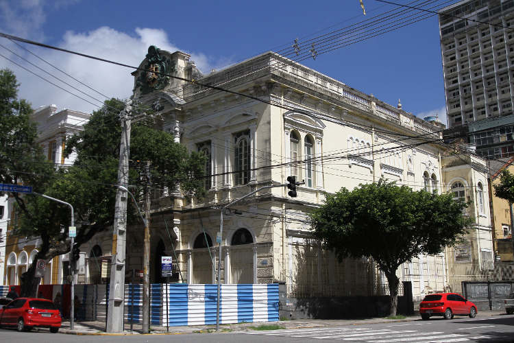 Fachada do Gabinete Julio Jacobina/DP