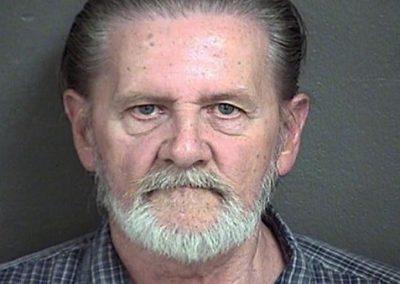 Homem rouba banco para fugir da esposa, mas é condenado a prisão domiciliar
