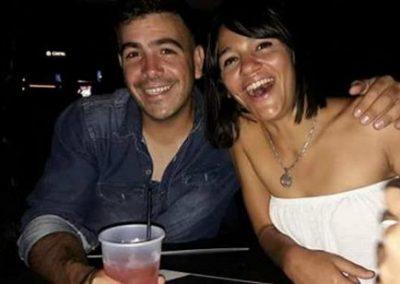 Homem é morto pela esposa após ser debochado por policiais em denúncia de agressão