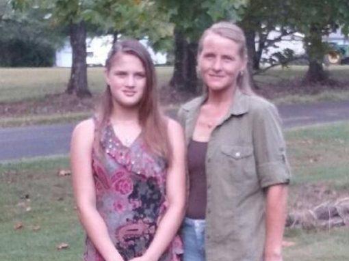 Adolescente acha mãe biológica e acaba torturada e morta por ela