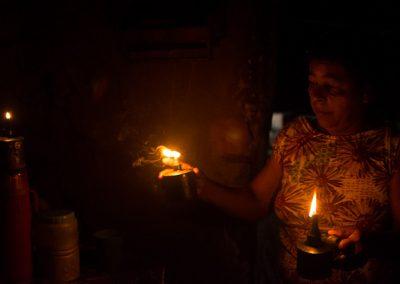 Família pernambucana vive sem energia elétrica há mais de 50 anos