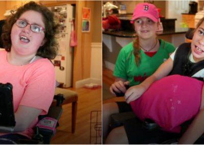 """Com paralisia cerebral, melhores amigas ganham """"vozes naturais"""" doadas"""