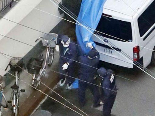 """Após """"afogar"""" 4 bebês em balde de cimento, mãe se entrega à polícia"""