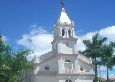 Vídeo de padre de cueca gera suspensão em igreja