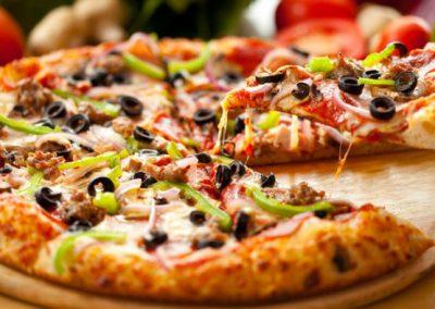 Pizza no café da manhã é mais saudável que cereal, diz pesquisadora
