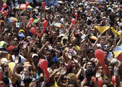 Foliões relatam perrengues que (quase) acabaram com seu carnaval