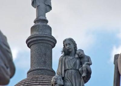 O Cemitério da Recoleta fica no bairro de mesmo nome, em Buenos Aires