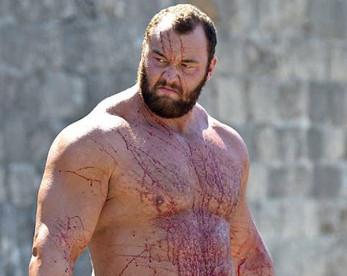 Ator de Game of Thrones quebra recorde mundial de lançamento de barril