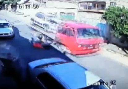 Casal pula de caminhão em movimento em Minas Gerais