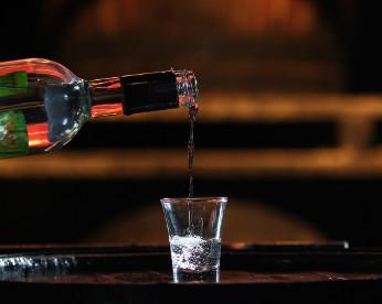 Cachaça: patrimônio pernambucano é o 3° destilado mais consumido do mundo