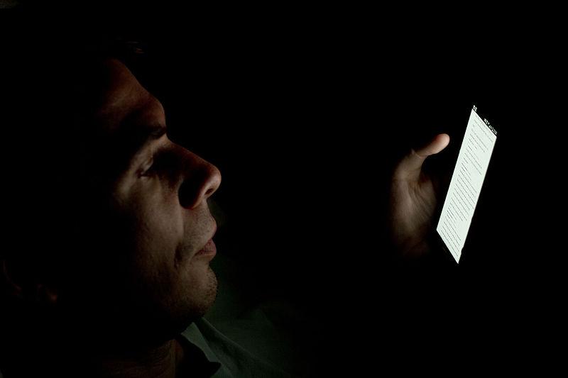 Estudo mostra conexão entre aparelhos de celular e câncer