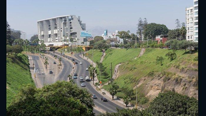 UTEC, Grafton Architects (Lima, Peru)