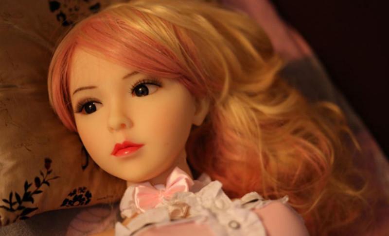 Site vende bonecas sexuais em forma de crianças