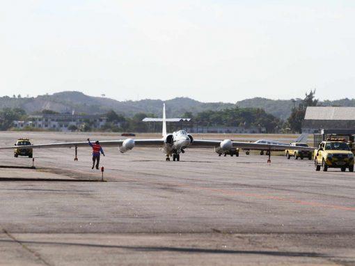 Avião da NASA pousa no Recife