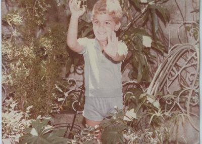 O pai Moisés Matias de Albuquerque, hoje com 37 anos, quando criança