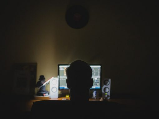 Projeto de lei quer barrar acesso à pornografia na internet
