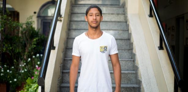 Filho de diarista é aprovado em 1º lugar no curso de direito na PUC-RJ