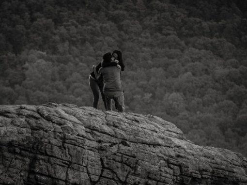 Fotógrafo registra pedido de casamento do casal errado