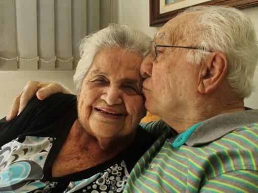 Um trem juntou Reinaldo e Luzinete, numa viagem que embarcam juntos, todo dia, por seis décadas
