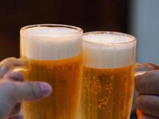 Como cuidados simples podem reduzir danos do álcool (no corpo e na vida)