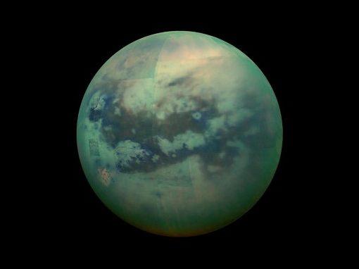 Encontradas moléculas similares às da Terra em Saturno